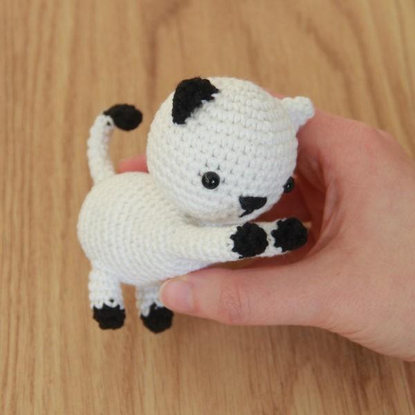 Free Playing Cats Crochet Amigurumi Pattern 2020