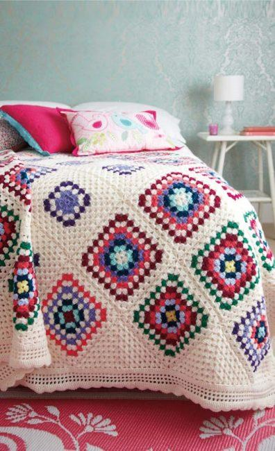 Grandmother's Footsteps Crochet Along