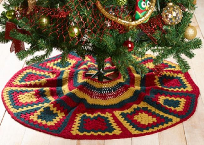 Kringle Crochet Tree Skirt Pattern